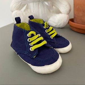 OLD NAVY || baby shoes